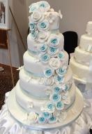 blue-rose-show-cake