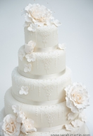 Lace & pearl Cake